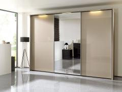 kleiderschr nke in ihrem segm ller einrichtungshaus. Black Bedroom Furniture Sets. Home Design Ideas