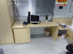 Schreibtisch mit Unterbauschrank - Multiflex