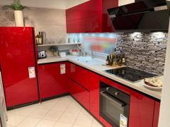 Impuls 4050 Hochglanz Rot