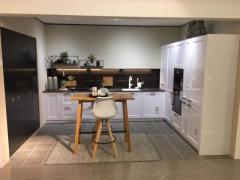 Exclusiv Landhaus Küche von Zeyko