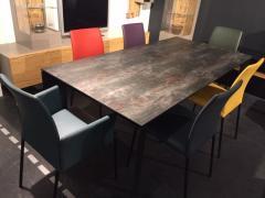 Tischgruppe Barolo & Alena