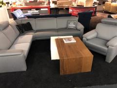 Polstergarnitur + Sessel aus eigenen Werkstätten Dune